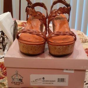 Brown Sandal sz 6